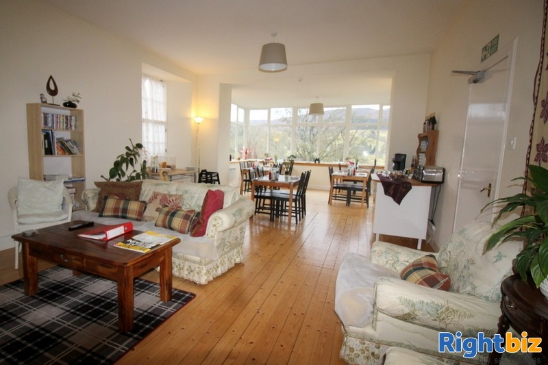 Outstanding 6-Bedroom Guest House near Pitlochry - Image 5