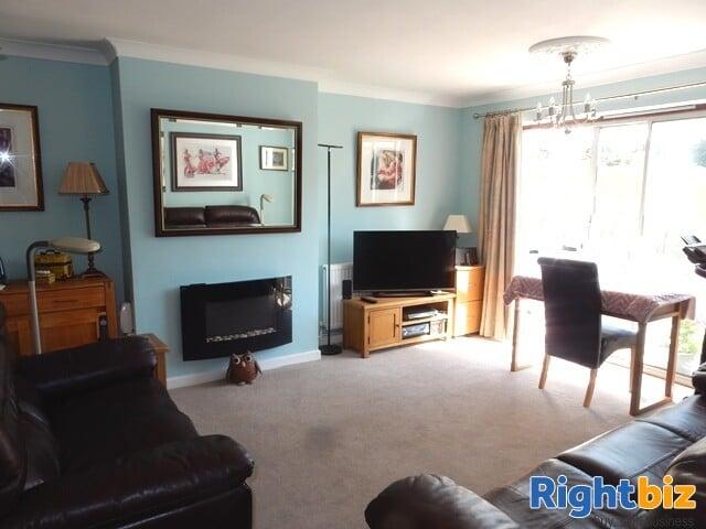 Modern Easily Managed Coastal Guest House - Lee-on-Solent - Image 5