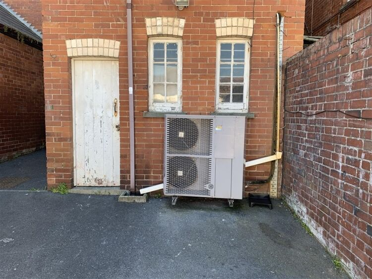 Freehold investment property in central Exmouth - Image 5