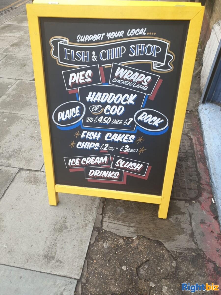 Fish & Chips shop for sale London. 3 Studio flats +1 staff room - Image 5