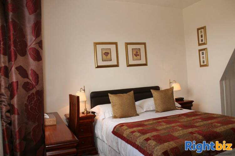Substantial Guest House With Owners Accommodation - Image 5