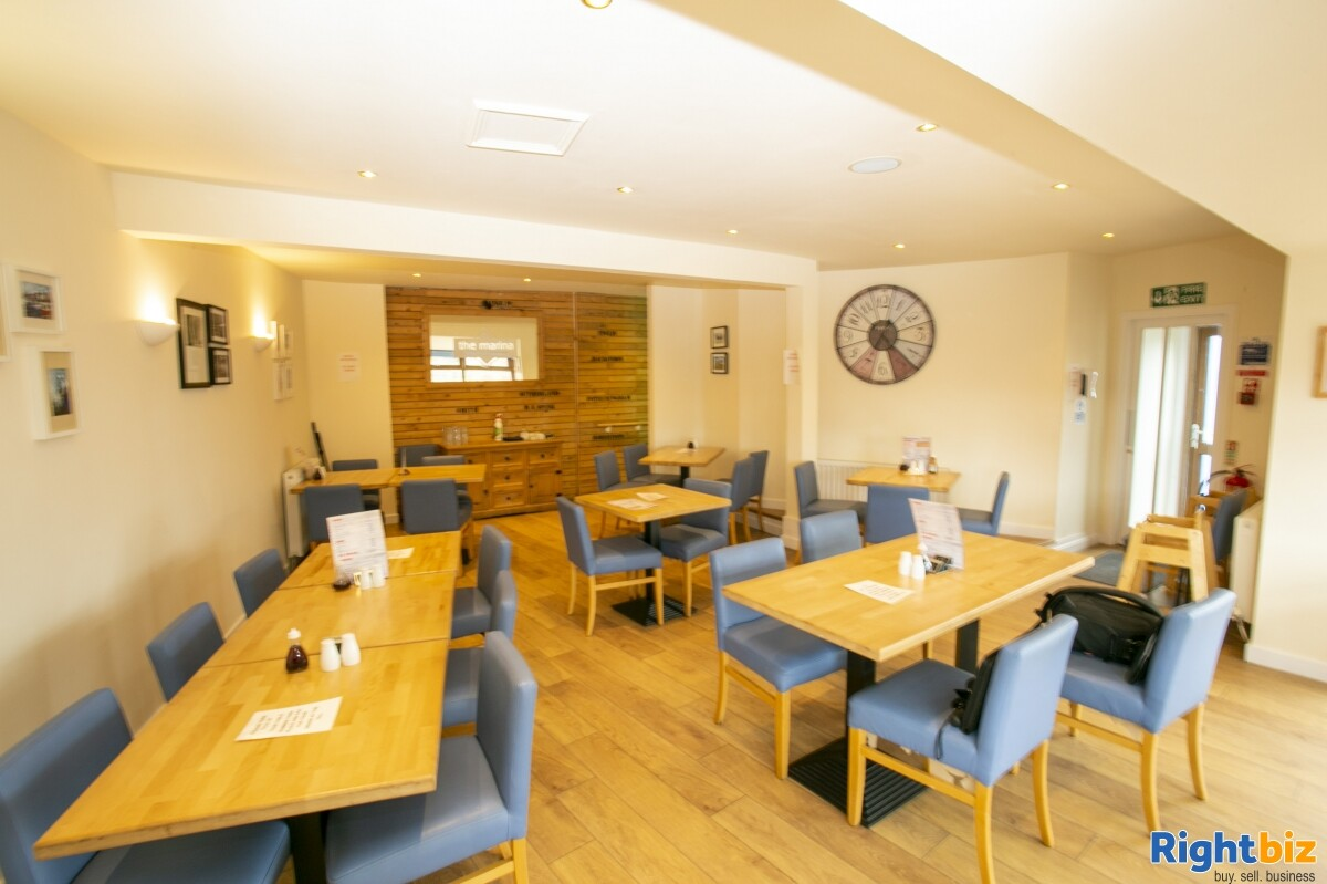 Immaculate Fish and Chip Restaurant for Lease - Image 5