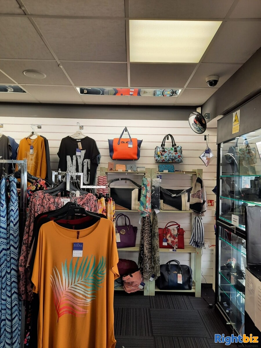 Leasehold clothes shop for sale Winsford Cheshire - Image 5