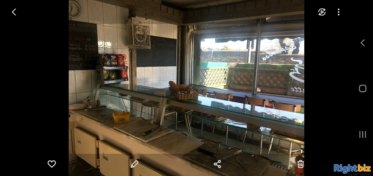 Leasehold sandwich bar for sale in Northwest London - Image 5