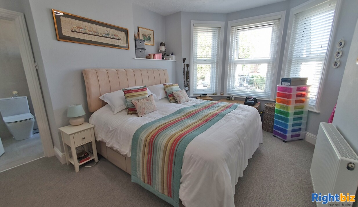 Home & Income B&B in Sought-After Priory Town - Image 5