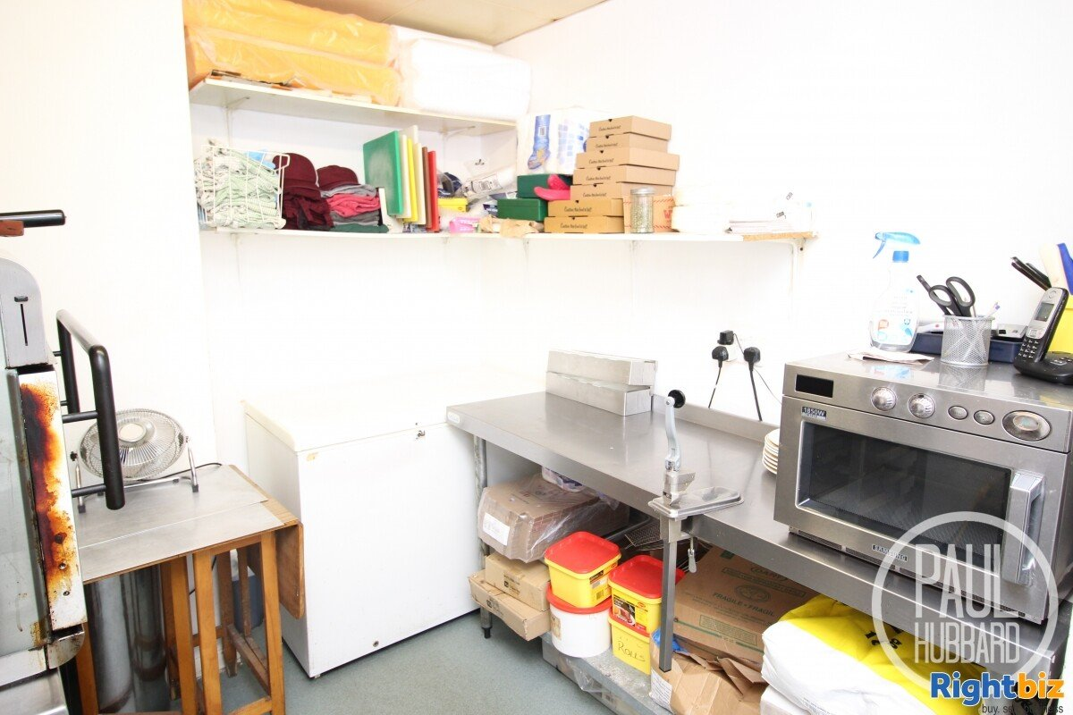 Freehold Fish & Chip Shop with 3 bedroom maisonette for sale in Great Yarmouth, Norfolk. - Image 5
