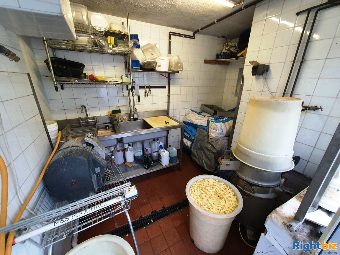 FISH & CHIP SHOP WITHIN BUSY RESIDENTIAL PARADE- £5,000 PER WEEK - £20,000 REFURBISHMENT - Image 5