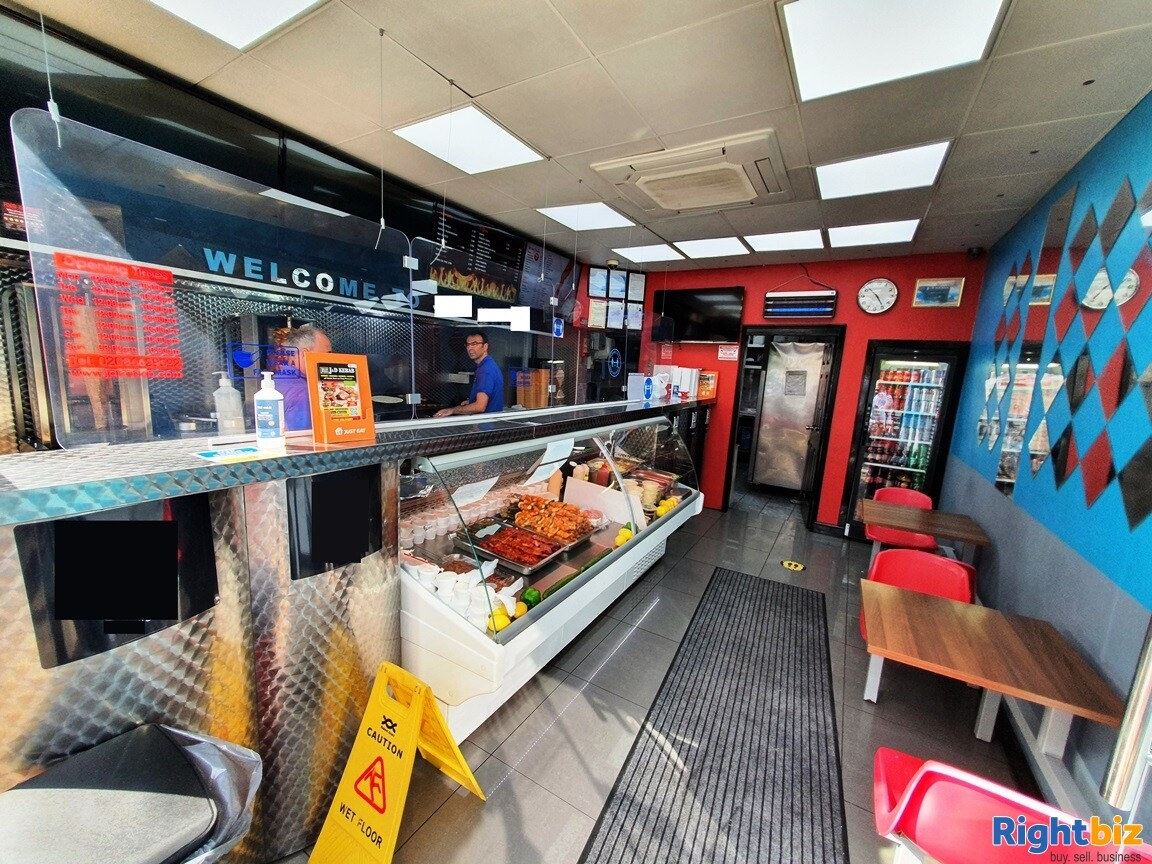 BUSY A5 KEBAB SHOP & TAKEAWAY WITH ALCOHOL LICENCE - TURNOVER £11,000 PER WEEK  - Image 5