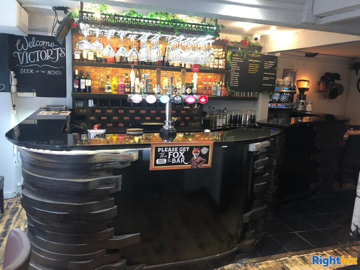 City Centre Cocktail / Wine bar / restaurant, T'a VJ's Finkle Street, York. - Image 5