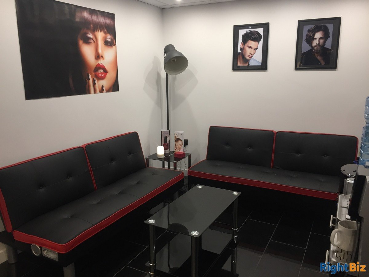 Hair Salon in Livingston for Lease in residential area - Image 6