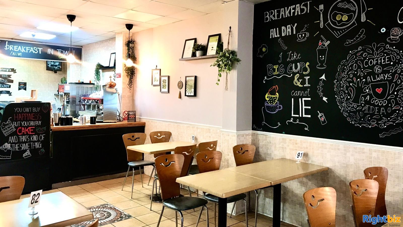 Busy Cafe/Restaurant for sale (120 seats), located on high street, with a large 2 bedroom flat - Image 6
