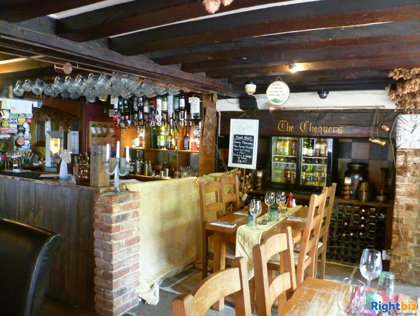 A CHARACTERFUL 14TH CENTURY INN - Image 6