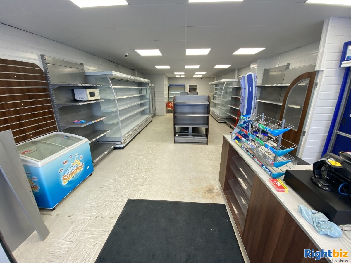 Empty Unit in Sunderland City Centre Prime Location with F&F and A1 classification - Image 6