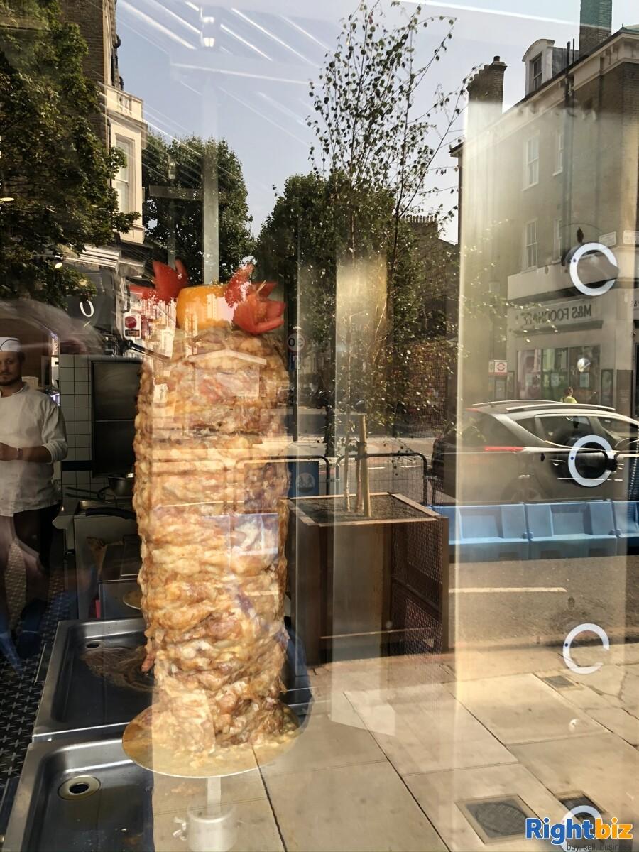 Fish & Chips shop for sale London. 3 Studio flats +1 staff room - Image 6