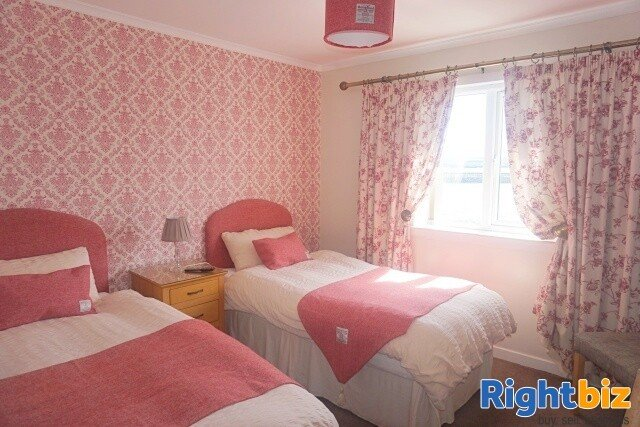 Excellent 6-Bedroom Bed & Breakfast plus Self-Catering Accommodation in Stornoway - Image 6