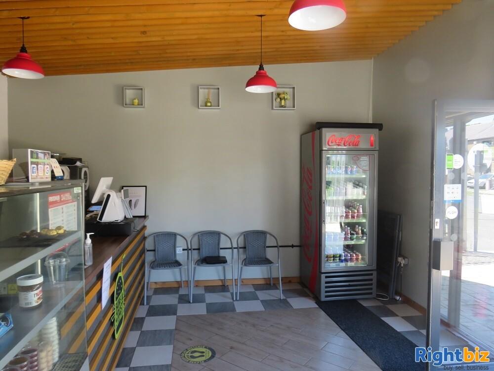 Well-known Sandwich Takeaway & Café Business - Image 6