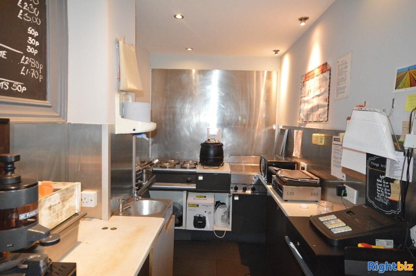 Full Class 3 hot food takeaway in Edinburgh city centre (ref 1396) - Image 6
