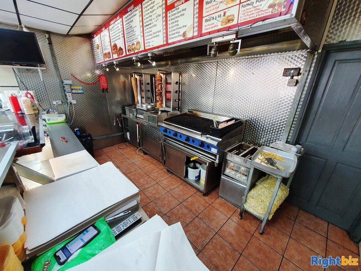 KEBAB – FASTFOOD A5 TAKEAWAY WITH ACCOMMODATION - TURNOVER £5,000 PER WEEK - Image 6