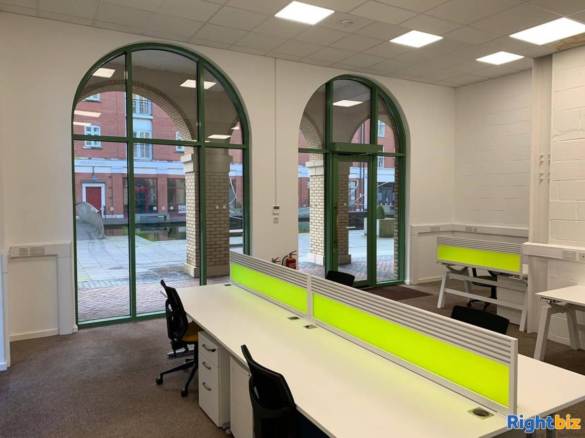 Office For Rent Located In Dickens Heath - Image 7