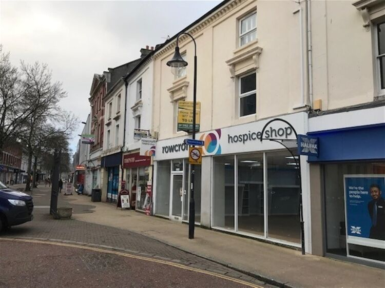Highly Visible Retail Trading Premises To Let For Sale in Newton Abbot - Image 7