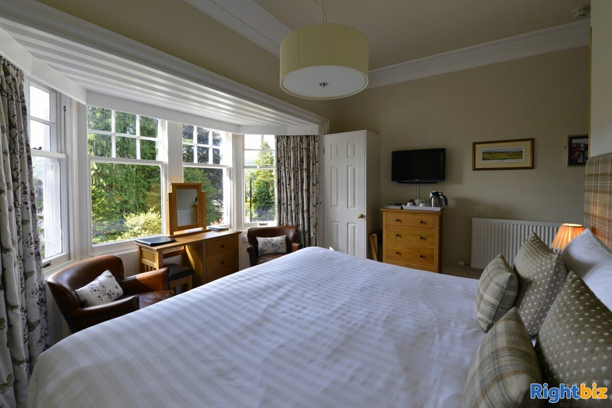 4-star gold bed & breakfast operation that sits peacefully within the picturesque highland town - Image 7