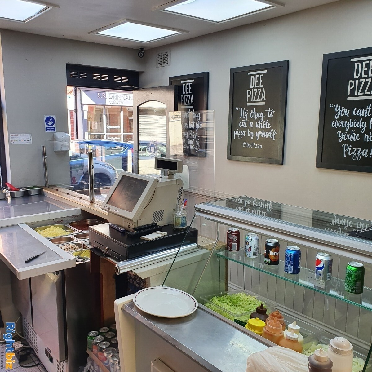 Fully Equipped Food Takeaway for Sale in LLangollen Town Centre, Refubrished and Decorated - Image 7