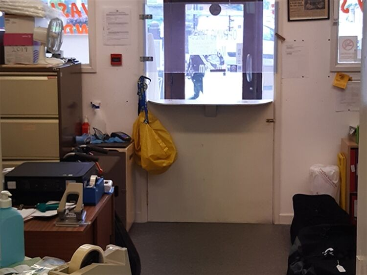 EXCEPTIONAL LAUNDRY SERVICE BUSINESS - BRISTOL - Image 7