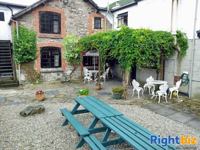 POWYS/SHROPSHIRE BORDER - HISTORIC VILLAGE INN WITH 10 ENSUITE LETTING ROOMS - Image 7