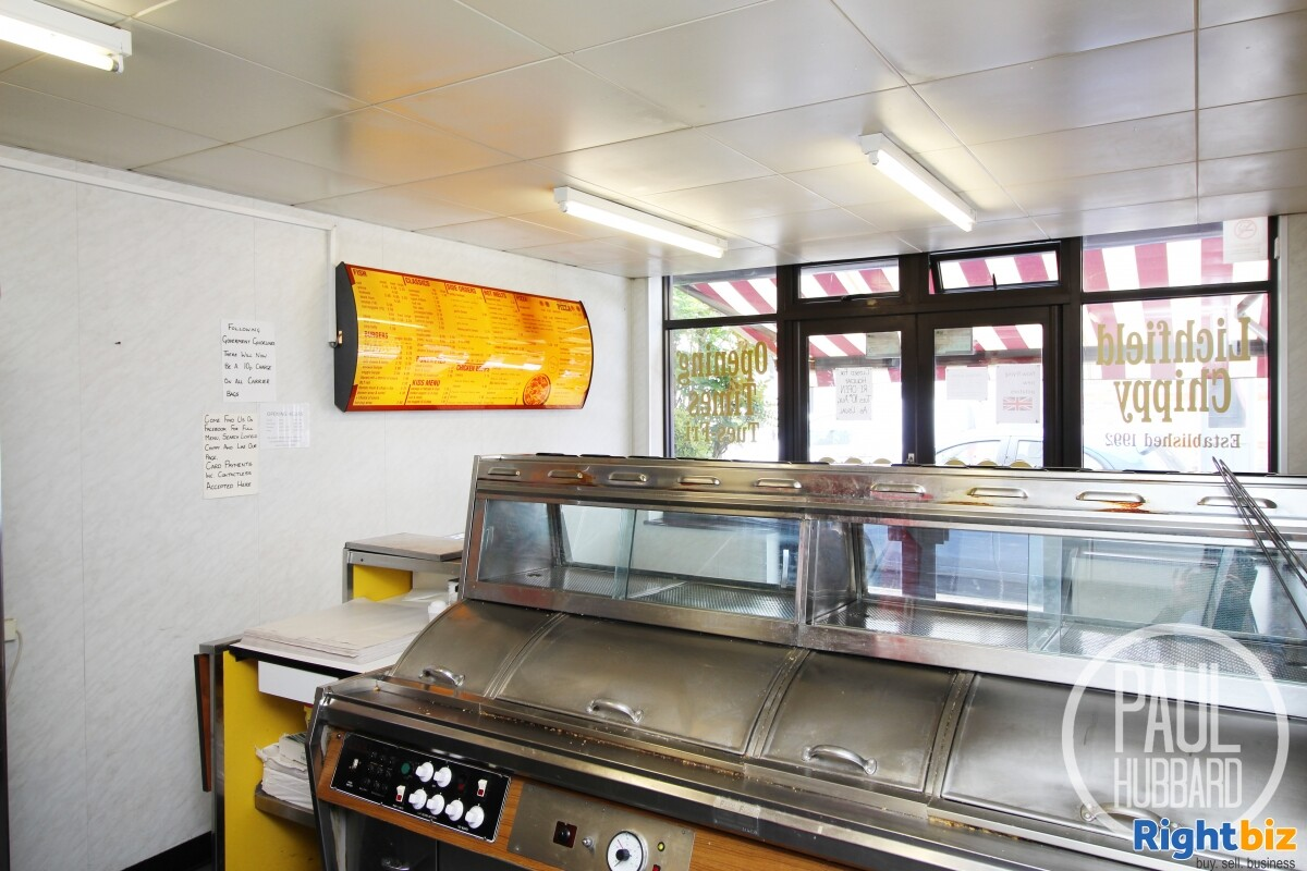 Freehold Fish & Chip Shop with 3 bedroom maisonette for sale in Great Yarmouth, Norfolk. - Image 7