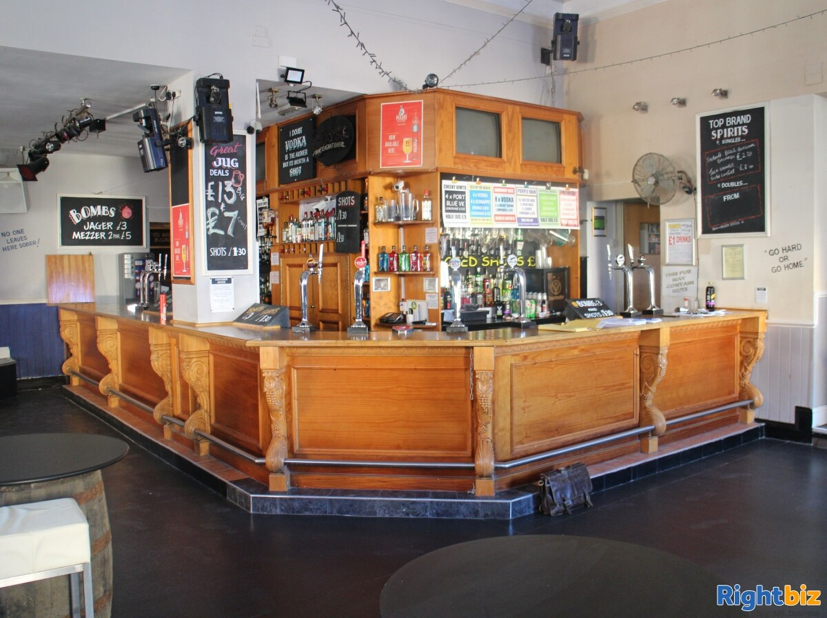 CARMARTHENSHIRE (LLANELLI) WELL ESTABLISHED AND HIGHLY PROFITABLE LATE NIGHT VENUE - Image 7