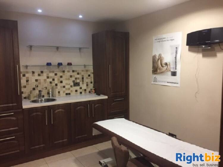 Well Established Barbers/grooming business (A1 consent) for sale - Image 7