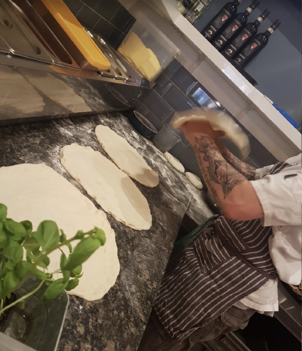 Established Neapolitan Wood-fired pizza, Prominent High St position, Fully equipped, Gozney oven - Image 8