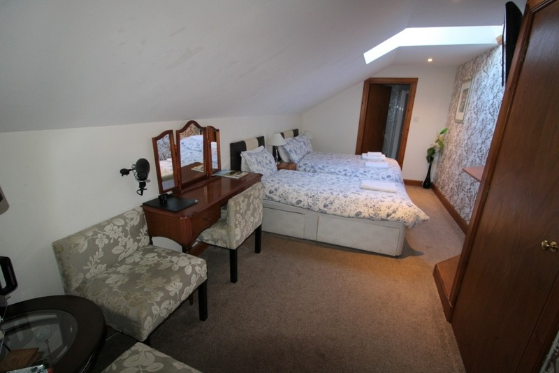 Modern Bed & Breakfast set in the City of Inverness - Image 8