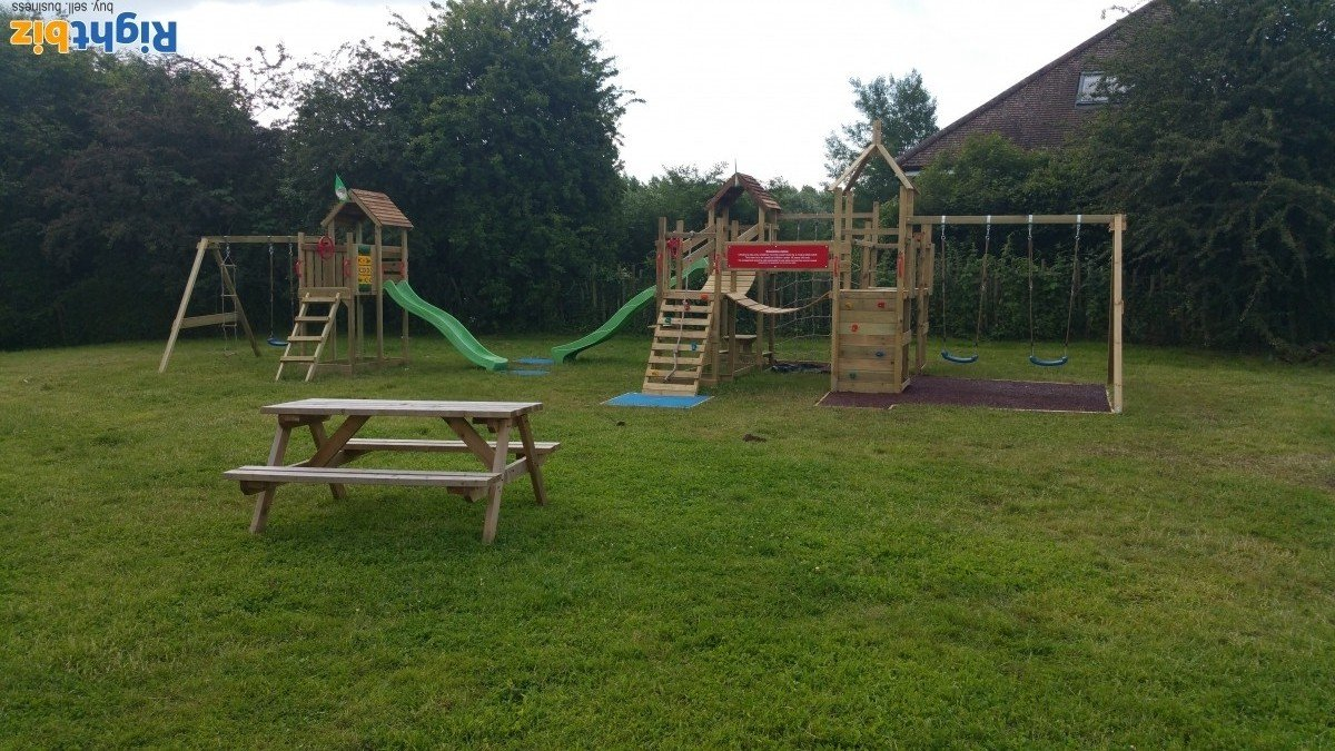 Freehold pub with large accommodation and outside space in Yalding Kent - Image 8