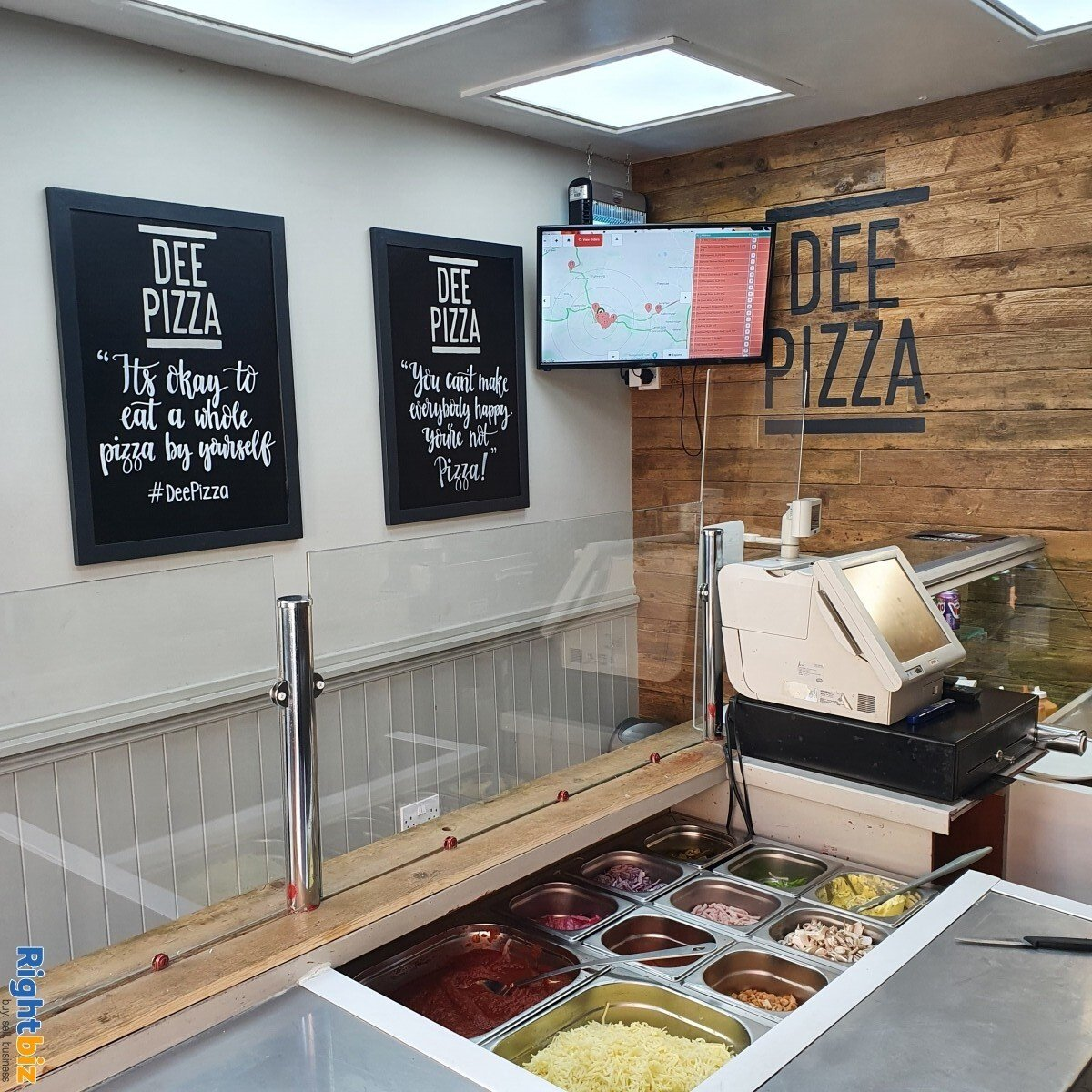 Fully Equipped Food Takeaway for Sale in LLangollen Town Centre, Refubrished and Decorated - Image 8