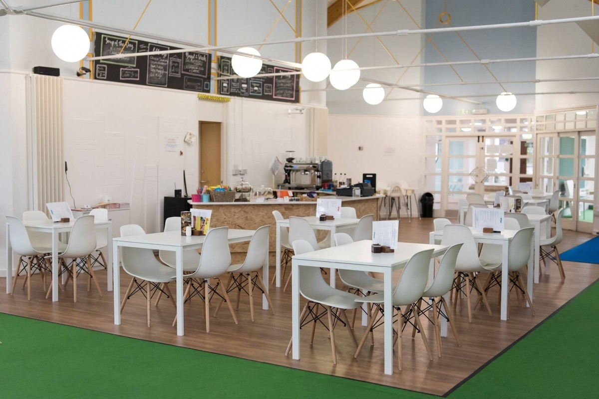 Childrens Play Cafe & Party Venue high street location - Image 9