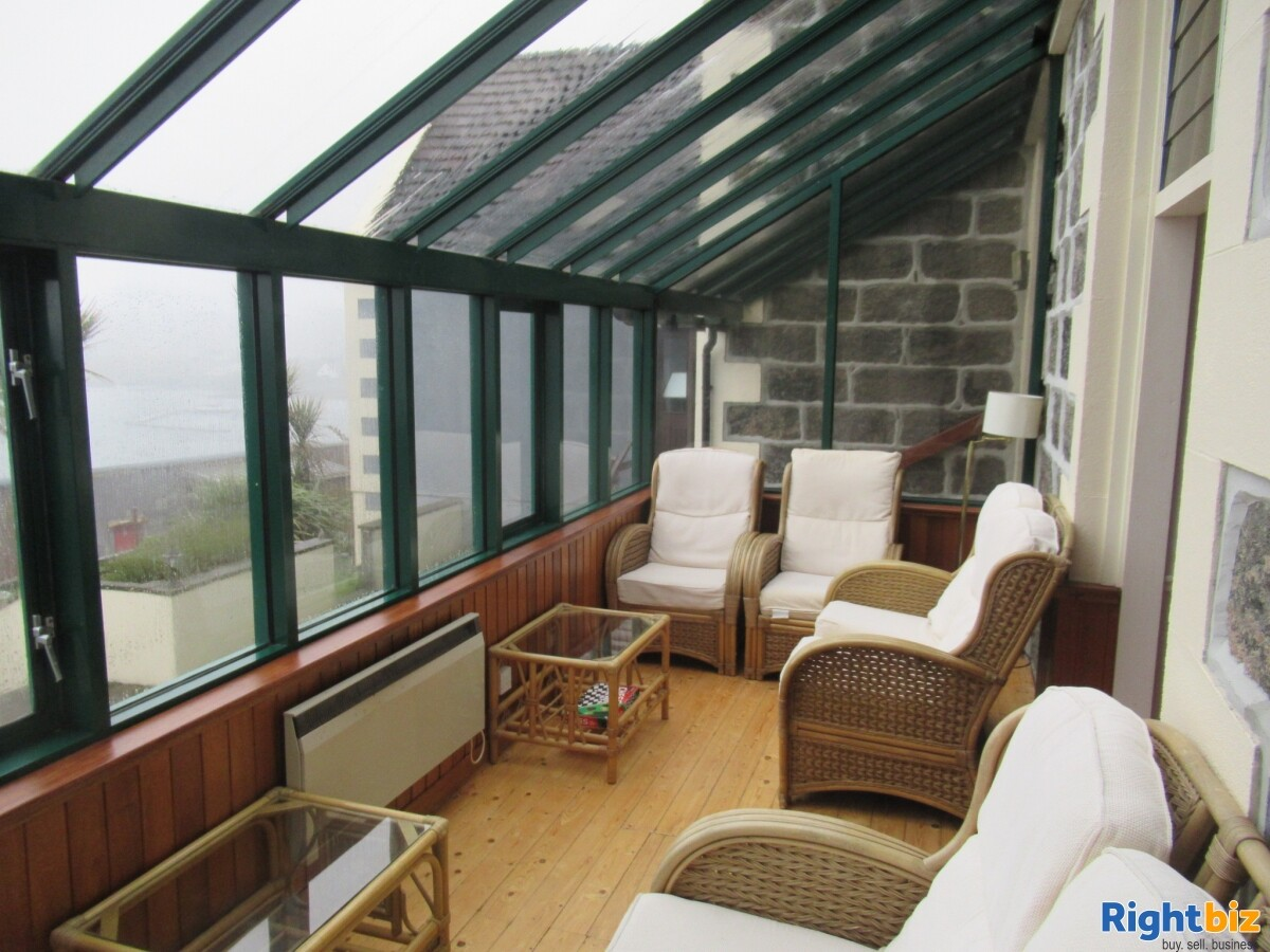 Prominent 15 Bedroom Island Hotel For Sale - Image 9