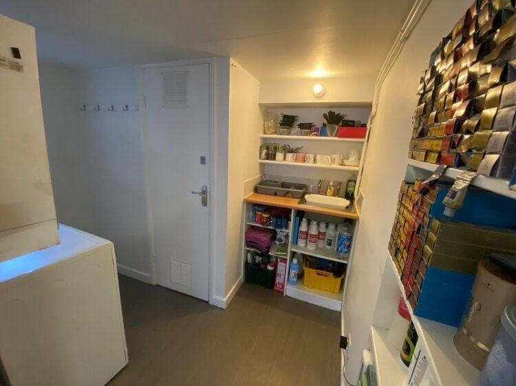 Well Established Hair Salon For Sale - Image 9