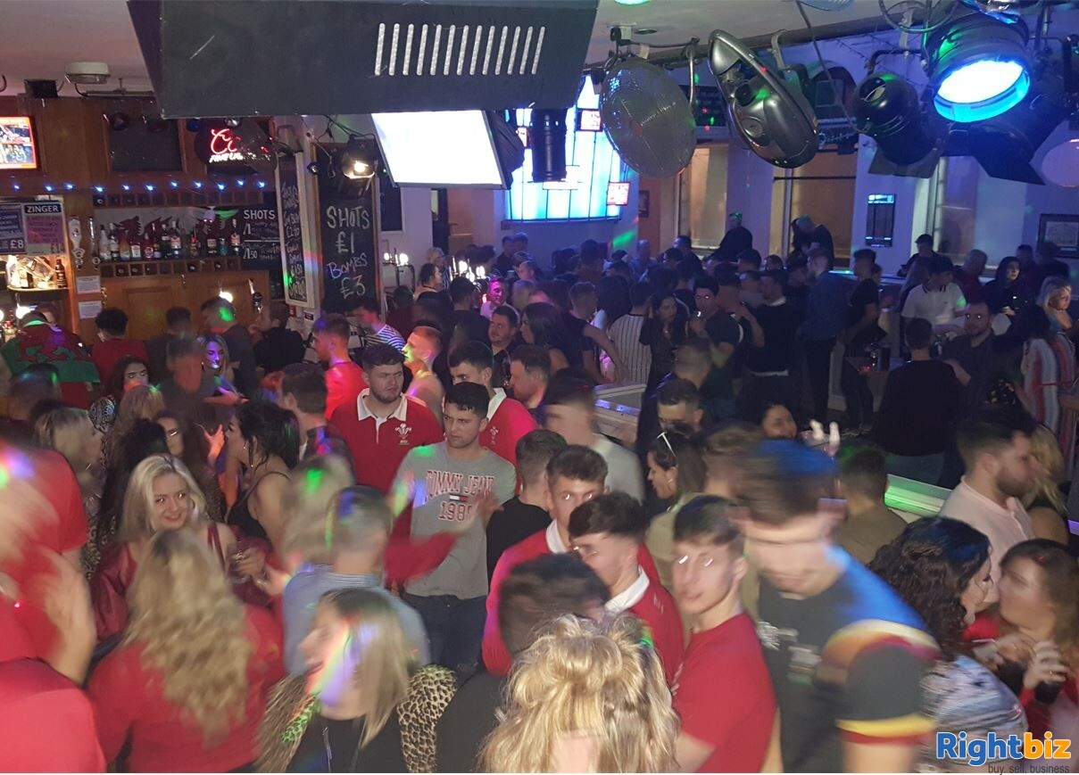 CARMARTHENSHIRE (LLANELLI) WELL ESTABLISHED AND HIGHLY PROFITABLE LATE NIGHT VENUE - Image 9