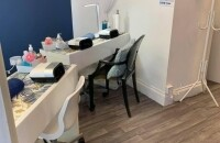 Leasehold Beauty salon and nail Bar